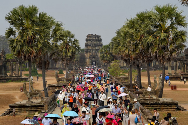 Foreign tourists visiting Angkor down 7.3 pct in 4 months