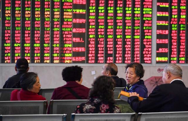 China's exports fall ahead of crucial trade talks