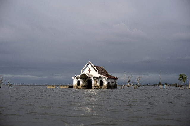 Sinking feeling: Philippine cities facing 'slow-motion disaster'