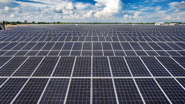 ADB pledges $7.6 million for a new solar farm in Cambodia