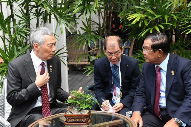 Cambodia, Singapore leaders agree to move on