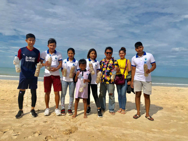 Young Cambodians Clean Sihanoukville's Beaches of Discarded Cigarettes
