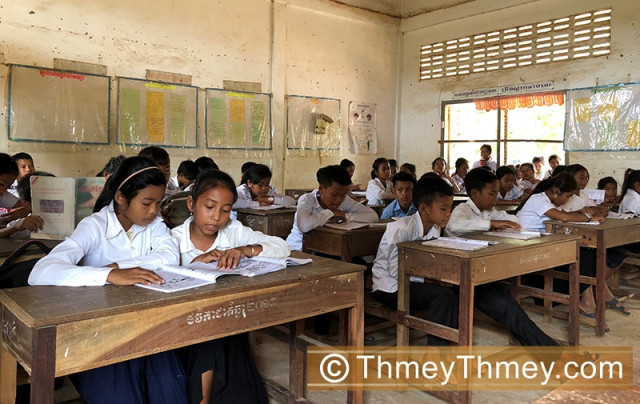 Hun Sen Calls for Lifelong Learning Programs in the Country