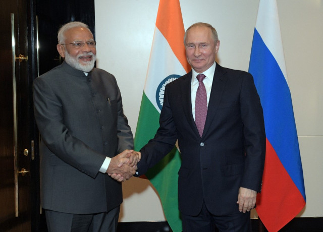 Putin, Modi to talk economy in Vladivostok