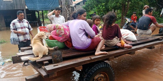 Flooding Forces Thousands to Be Evacuated in Stung Treng Province