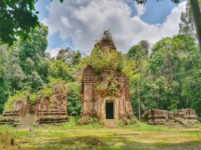 Kulen Mountain:  The Battle to Save Cambodia's Lost Ancient City