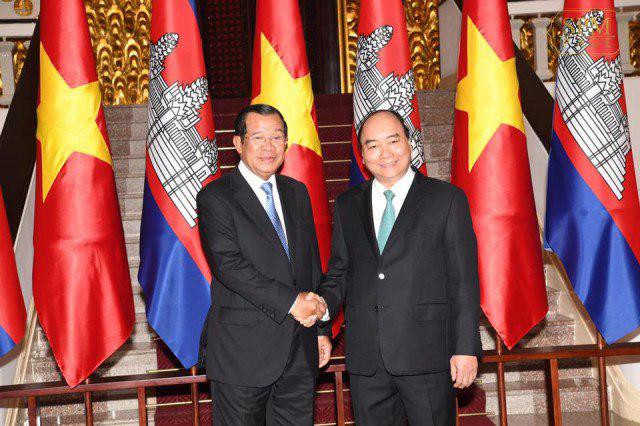 Hun Sen to Sign Border Agreements with Vietnam