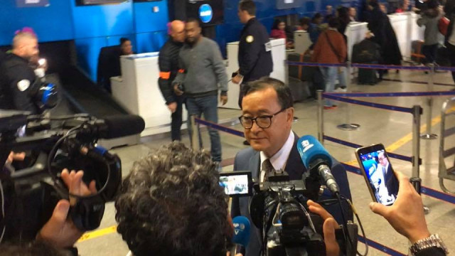 Cambodian opposition leader blocked at Paris airport