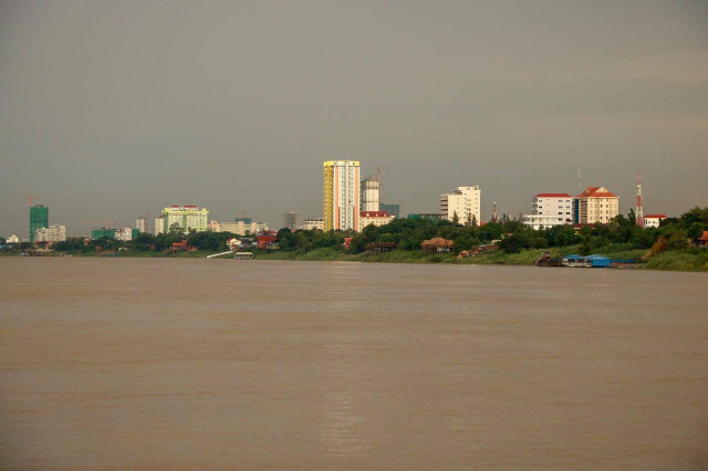 MRC says Cambodia's Mekong River not yet hit by blue-green hue phenomenon