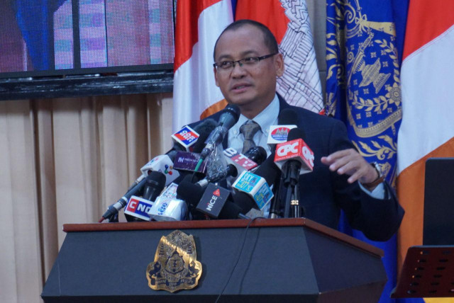 Cambodia says relocated Vietnamese families cannot own land