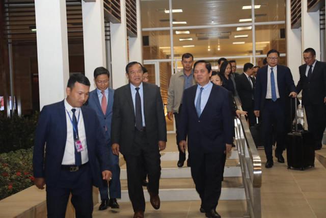 Prak Sokhonn to meet EU high representative in Madrid