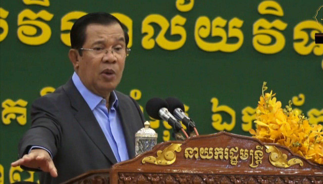Hun Sen urges doctors to adhere to ethics