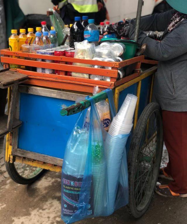Small businesses address proposed ban on single-use plastics