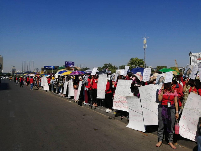 NagaWorld Casino Employees Walk Out, Asking for Living Wages and Rehiring Union Leader