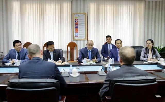 US Ambassador Murphy and Hun Many discuss democracy, human rights