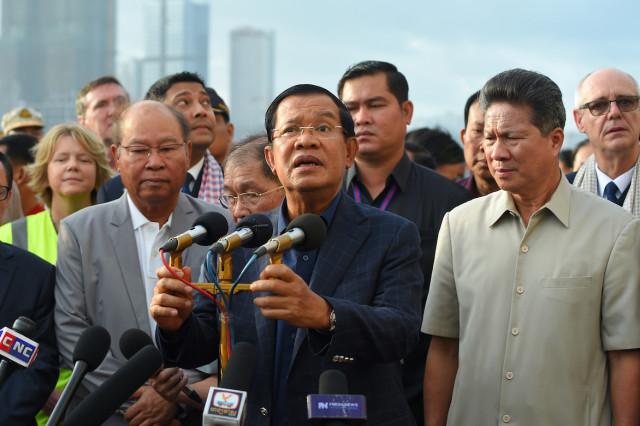 Hun Sen Voices Skepticism of Malaysian Coronavirus Testing