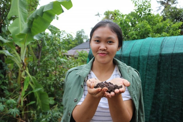 Protecting the Environment and Helping Farmers Prosper: A Young Cambodian Woman is Determined to Do Both