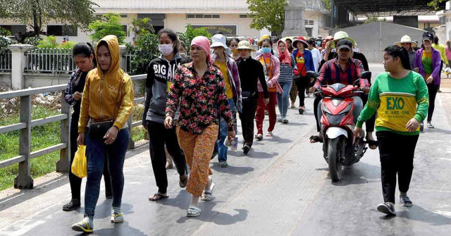 17,000 Garment Workers to Lose Jobs as 30 Factories Suspend Operations