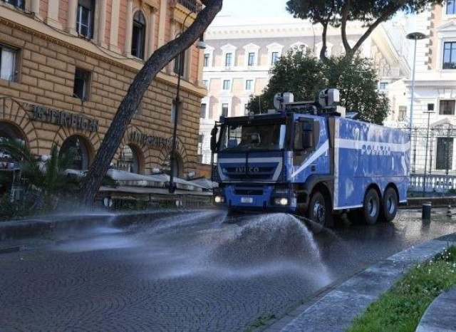 Italy records lowest daily coronavirus deaths in nearly three weeks