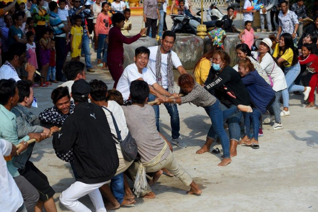 Working as Normal: Hun Sen Cancels Khmer New Year Celebrations