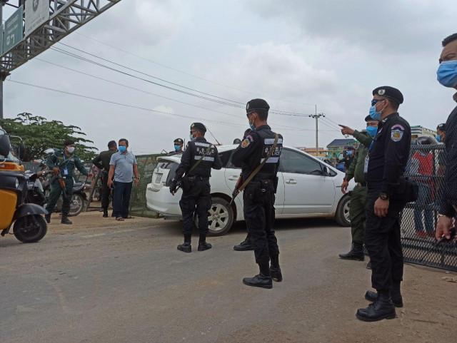 Hun Sen Orders Easing of Travel Ban