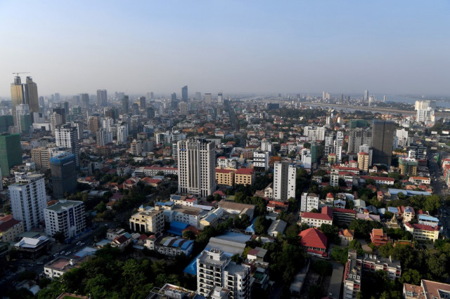 Cambodia's Economic Growth May Drop Below 0 Percent this Year