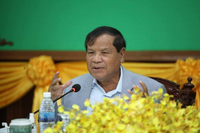 Thong Khon Tells Preah Sihanouk Province to Get Ready for Post-COVID-19 Tourism