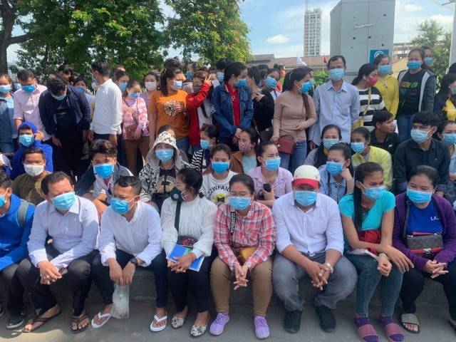 NGOs and Labor Organizations Fear Many Unemployed in Phnom Penh Will Not Get Support