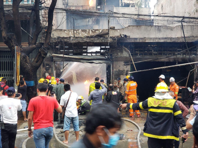 A Gas Explosion in a Retail Shop Causes the Death of Four People in Phnom Penh