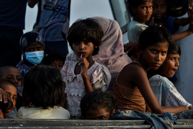 At least 24 Rohingya migrants feared drowned off Malaysia