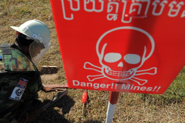 Cambodia reports 55 landmine/UXO casualties in 9 months, down 17 pct