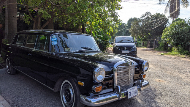 Antique Car Tour in the Old City of Siem Reap