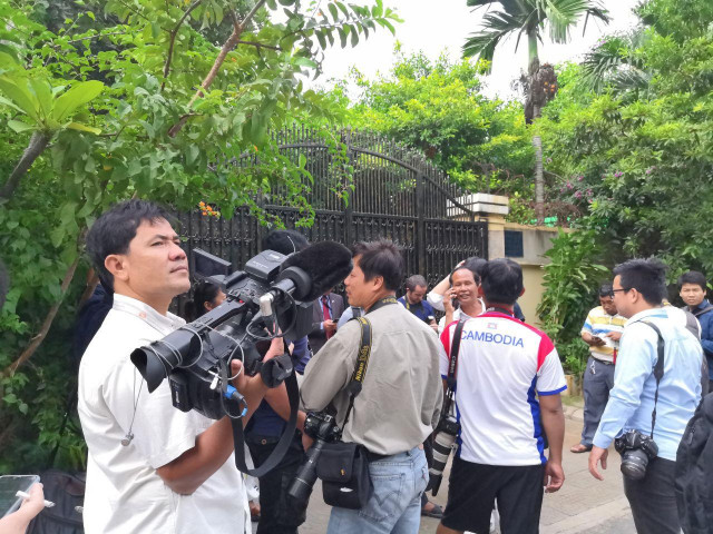 International and National NGOs Ask the Cambodian Government to Stop Press Repression