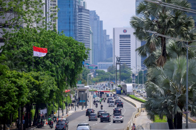 Indonesia tumbles into first recession for two decades