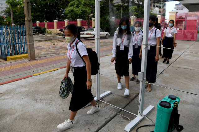 The Cambodian Authorities Announces that Schools Will Reopen on Nov. 23