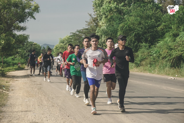 Meet the Man Running a Lap of Cambodia to Support Doctors