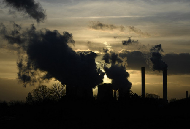 CO2 pollution bounces back, climate goals at risk: IEA