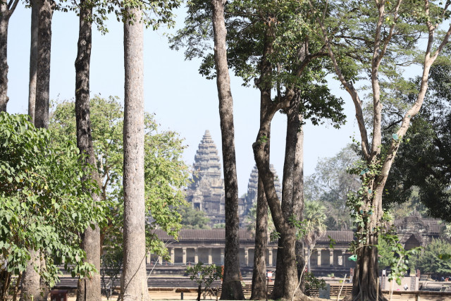 Cambodia's Domestic Tourism Hit Hard by Community Outbreak