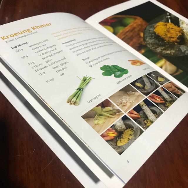 How to Make Khmer Lemongrass Paste
