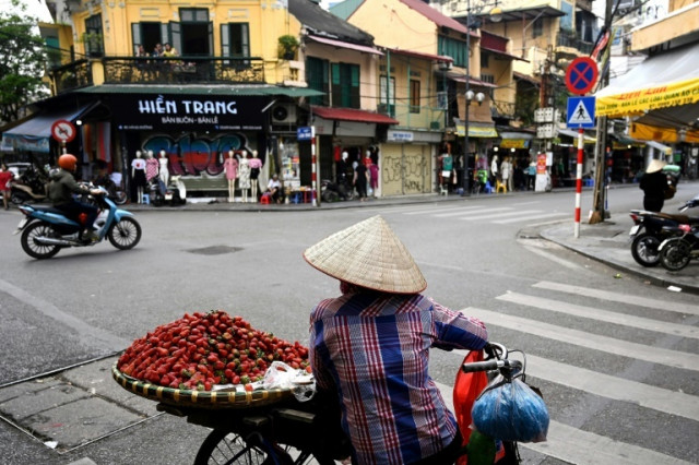 Vietnam Q1 growth picks up as virus is contained