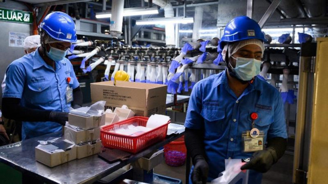 US to seize gloves made by Malaysian firm over forced labour