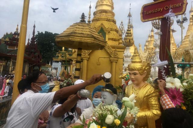 Myanmar's junta releases 23,000 prisoners in New Year's amnesty