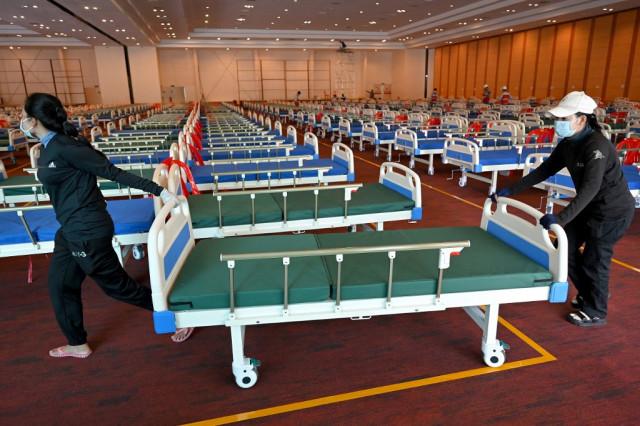 Hospital Bed Shortage Intensifies in Phnom Penh as Cases Skyrocket