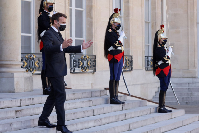France to ease curfew, travel limits on May 2: presidency source