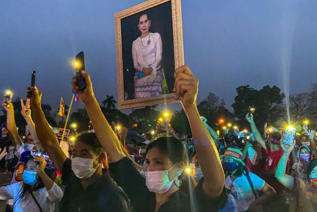 Myanmar junta postpones Suu Kyi court date again