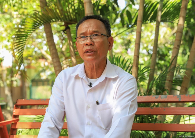 Primary School Principal in Siem Reap Concerned over Students as He Sets to Retire