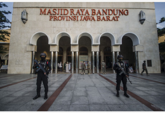 Indonesia reports 4,295 new COVID-19 cases, 212 more deaths