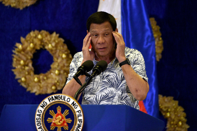 Duterte bans Philippines ministers from speaking on S. China Sea