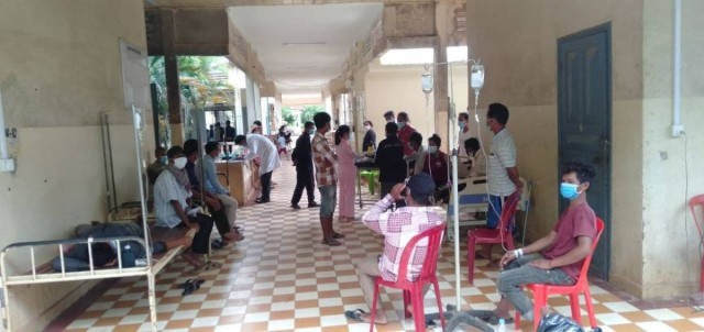 Authorities Suspect Alcohol Poisoning as Eight Dead, 34 Hospitalized in Kampot Province