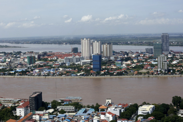 Cambodia's Economy to Recover by 4.2 Percent in 2021